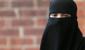 Regione Liguria, burqa vietato negli uffici pubblici: delibera approvata