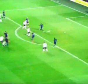 VIDEO – Lukas Podolski saluta Germania con super gol all'Inghilterra