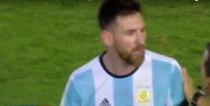 YouTube, Messi insulta guardalinee durante Argentina-Cile (VIDEO)