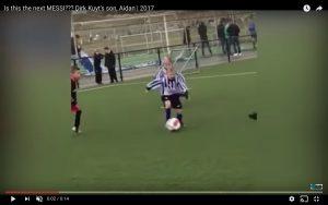 Il figlio di Dirk Kuyt, 5 anni, è già considerato il nuovo Messi (VIDEO)