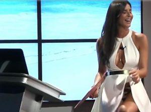 Barbara Francesca Ovieni incidente in diretta tv: si alza il vestito