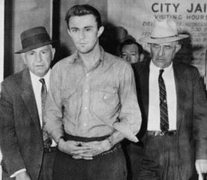 """Truman Capote, mistero dietro """"A sangue freddo"""": lo scrittore nascose la verità sugli omicidi?"""
