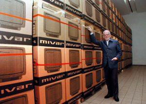 """Carlo Vichi (Mivar) alla Samsung: """"Fate i televisori a Milano, la fabbrica è gratis"""""""
