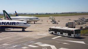 Pacco bomba su un aereo a Catania: era una spedizione per gli Usa