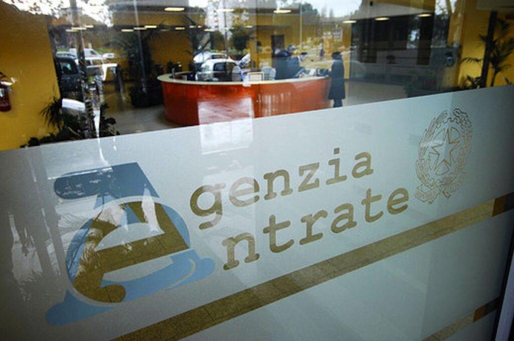 Furbetti residenza all'estero che vivono in Italia: stretta in arrivo