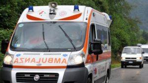 Salerno, scende dall'auto tamponata: travolto e ucciso