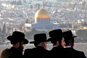 Israele, 22 ebrei ultraortodossi arrestati per abusi su donne e bambini