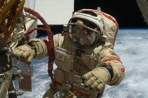Astronauti cercasi in Russia, anche non professionisti: andranno sulla Luna