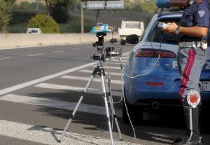 Autovelox va in tilt: multa una Panda a 1.442 km/h