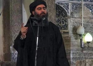 """Isis, al Baghdadi """"vive come i pastori, cambia letto ogni notte e dorme con una cintura esplosiva"""""""