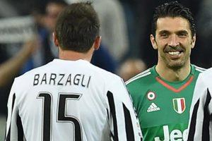 """Juventus, Buffon: """"Barzagli se è andato a cena ha fatto bene"""""""