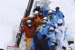 Giappone, valanga travolge studenti: 9 morti, 40 feriti