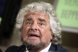 """Beppe Grillo dopo Genova: """"Chi non è d'accordo si faccia il suo partito"""""""