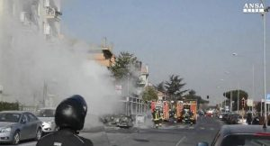 Ciampino, bus linea 515 in fiamme: nessun ferito