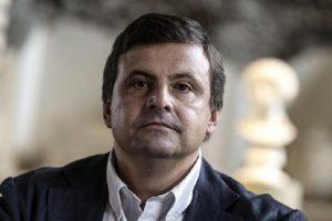 """80 euro, Calenda contro Renzi: """"No servono bonus per creare lavoro e reddito"""""""