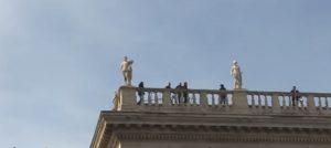Roma, manifestazione anti-Ue: tiratori scelti sui tetti del Campidoglio