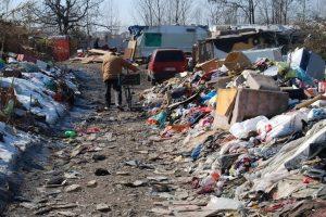 Roma, stupro al campo rom: condanna a 7 anni. Il giudice ordina la bonifica