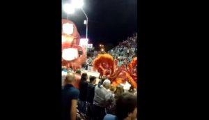 Argentina, crolla carro: ferita alla testa reginetta del Carnevale