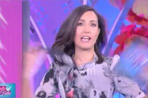 YOUTUBE Caterina Balivo incinta, annuncio in diretta a Detto Fatto