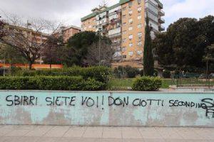 """Mafia, nuove scritte contro don Ciotti: """"Sei un secondino"""""""