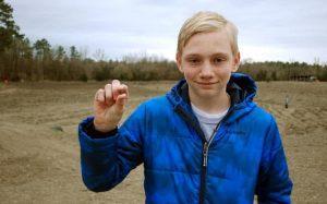Ragazzino di 14 anni trova un diamante da 7,44 carati nel Crater of Diamonds