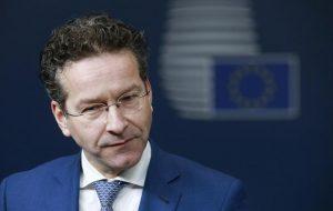 """Europa, Dijsselbloem choc: """"Il Sud? Spende tutti i soldi per donne e alcol"""""""