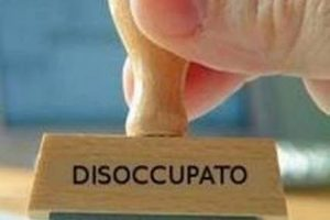 Istat: disoccupazione stabile all'11,9%, ma più occupati tra i giovani (calano gli inattivi)