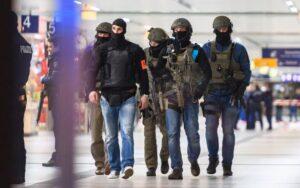 Dusseldorf, attacco con l'ascia: ci sono anche due italiane ferite