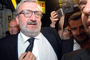 Il Pd si prepara al nuovo segretario, Turani commenta: come 'Drive In'. Emiliano Che Guevara del tavoliere