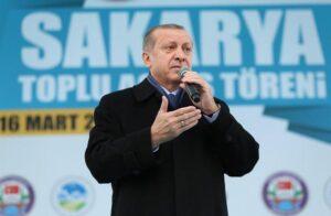 """Erdogan sfodera arma demografica. Appello ai turchi in Ue: """"Fate 5 figli"""""""