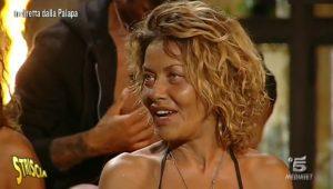 Isola dei famosi, Eva Grimaldi svela quando esce? Il video di Striscia la Notizia