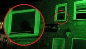 "YOUTUBE ""Fantasma del monaco"": misteriosa ombra nel pub inglese"