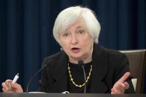 Usa, la Fed alza i tassi di un quarto di punto e prepara...