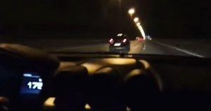 YOUTUBE Ferrari a 230 km/h in autostrada: la folle corsa di un ragazzino