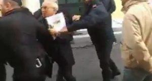 """Forconi, perquisiti leader che aggredirono Osvaldo Napoli. Minacciarono """"Ordine di cattura popolare"""""""
