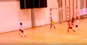 Anonimo freestyler fa le acrobazie ed è meglio di Messi