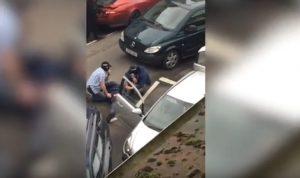 Inghilterra, agenti col passamontagna sparano gomme e arrestano 4 persone