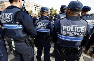 Francia, sparatoria in un liceo di Grasse: molti feriti