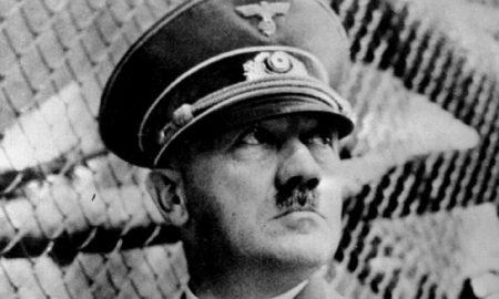 """Adolf Hitler """"cocainomane"""", la tesi dello scrittore Norman Ohler"""