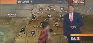YOUTUBE Bimbo irrompe in diretta durante le previsioni meteo