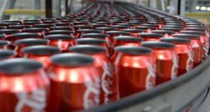 Coca Cola, feci umane nelle lattine: chiusa per 15 ore fabbrica in Irlanda del Nord