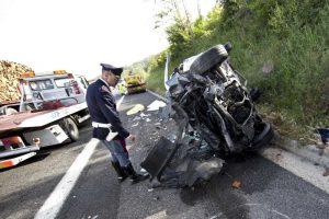 Incidente stradale A1 vicino Anagni: tir contro furgone, morta una donna