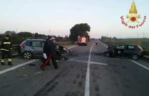 Cimpello Sequals, scontro frontale tra camion e furgone: 3 morti