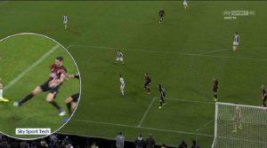 Davide Massa, l'arbitro minacciato dopo il rigore di Juventus-Milan