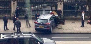 Attentato Londra: 10 arresti a Birmingham, il suv è partito da lì