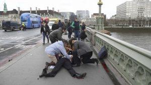 Attentato Londra: romana ha evitato Suv all'ultimo, ferita nella carambola di auto