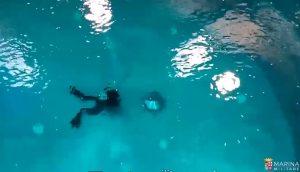 Marina Militare, sommergibilisti escono dal battello guasto. Ecco come fanno