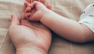 Donoratico, bimbo di 2 mesi morto in culla