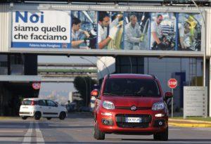 """Marchionne: """"Panda via da Pomigliano d'Arco entro due anni. Produrrà altre auto"""""""