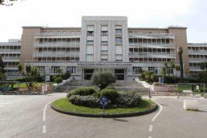 Napoli, forniture gonfiate all'istituto tumori Pascale: arrestato anche il primario